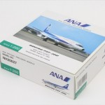 2014/08 全日空商事 1/200 ANA B737-200 JA8453 NH20027 3000円買取