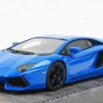 ランボルギーニ アヴェンタドール LP700-4 ブルー