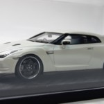 日産 GT-R R35 スペックV パールホワイト
