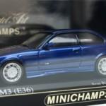 BMW M3 (E36)ブルー