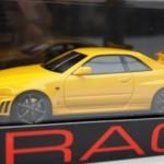 スカイライン GT-R Vスペック R34 イエロー