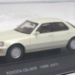トヨタ セルシオ UCF11 1989 ホワイト