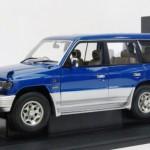 三菱 パジェロ LWB 1998 RH DRIVE メタリックブルー